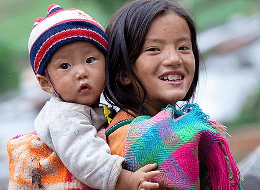 爱心暖孩童 善举助未来