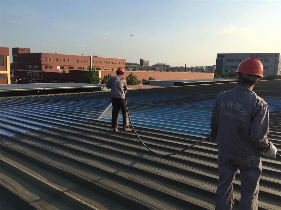 安徽钢结构防水公司合肥晋邦浅析彩钢瓦厂房屋面渗水问题